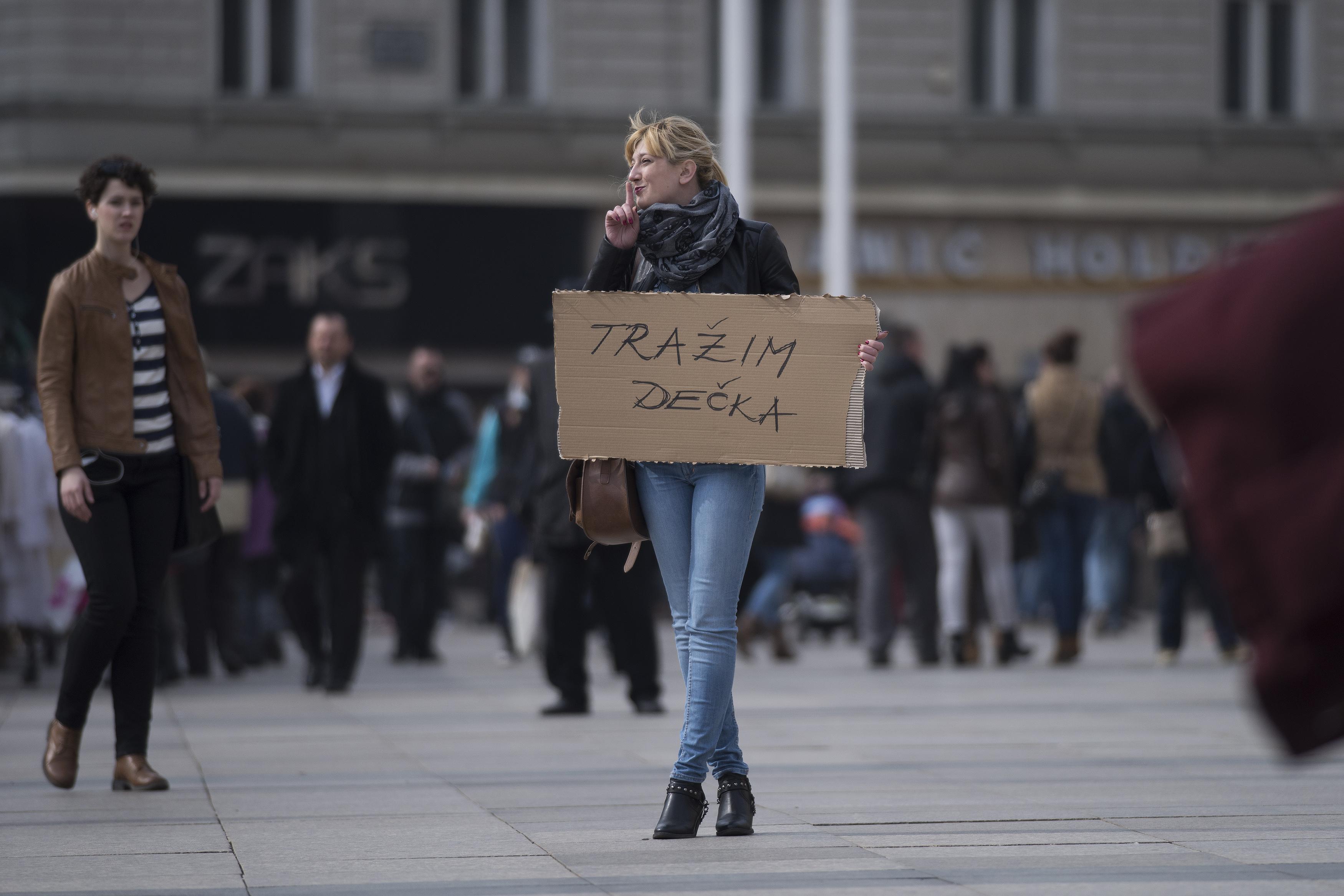 Zagreb decka trazim mladog Simpaticna dugonoga