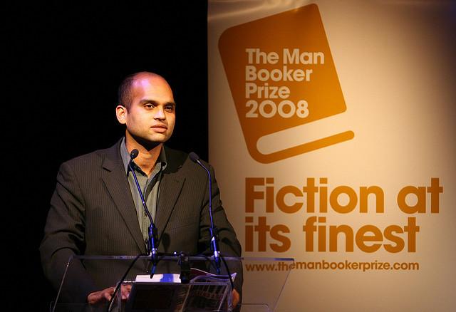 """""""Smisao života je da ako umreš, tko će mi platiti tri i pol tisuće rupija mjesečno?"""" Aravind Adiga"""