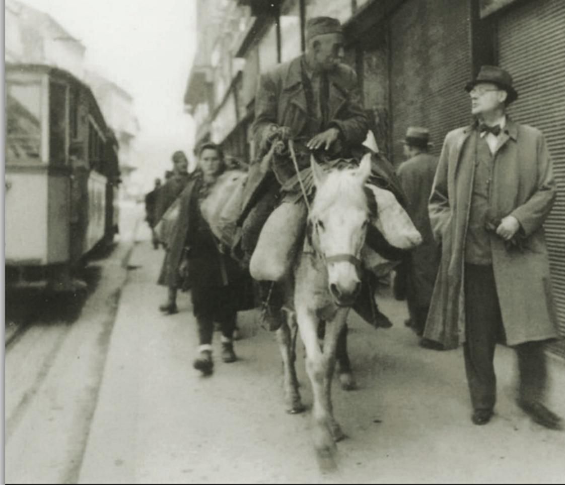 Zagreb, 7. svibnja 1945. godine, Ilica: povlačenje civila i vojske prema izlazu iz grada