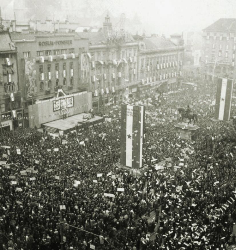 Detalj s predizbornog mitinga Liste Narodne fronte na Trgu bana Josipa Jelačića, Zagreb, 4. studenog 1945.
