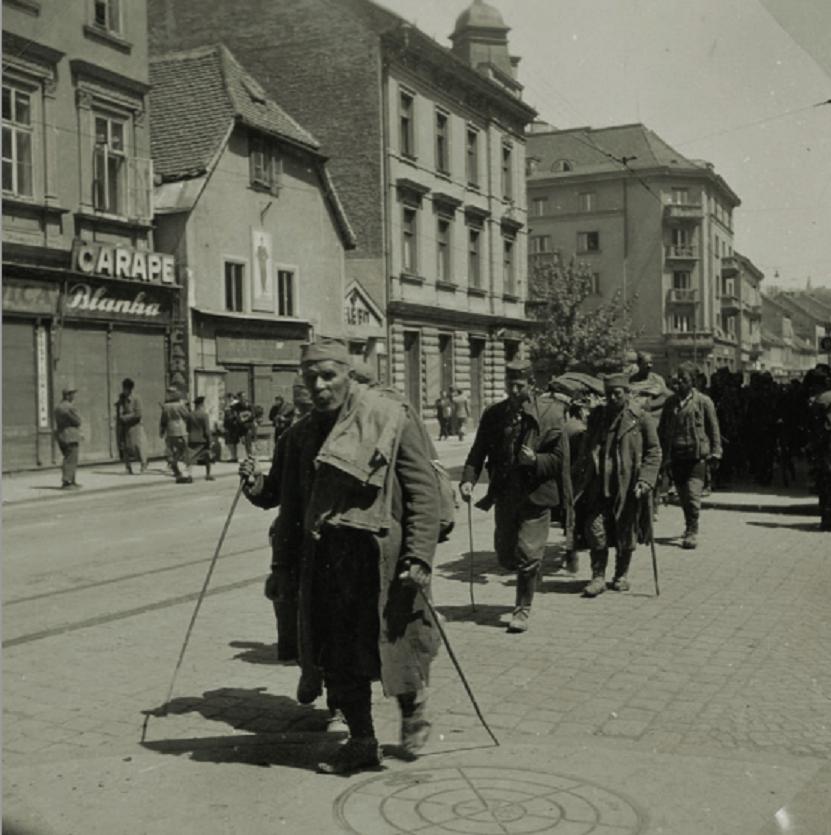 Povlačenje četnika kroz grad prema Sloveniji, Zagreb, svibanj 1945. godine