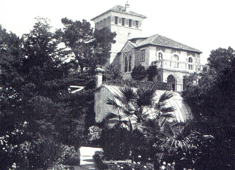 Ljetnikovac obitelji Katalinić kraj splitske luke u  kojem je admiral Andrews smjestio svoju rezidenciju