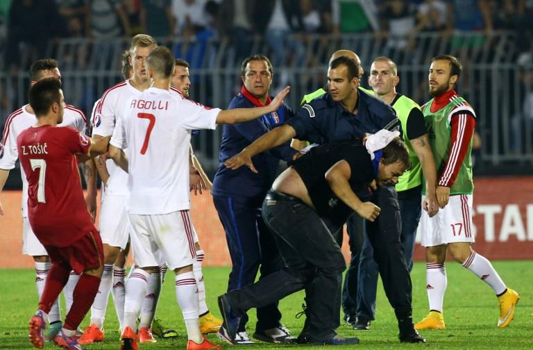 Neredi na utakmici Srbije i Albanije