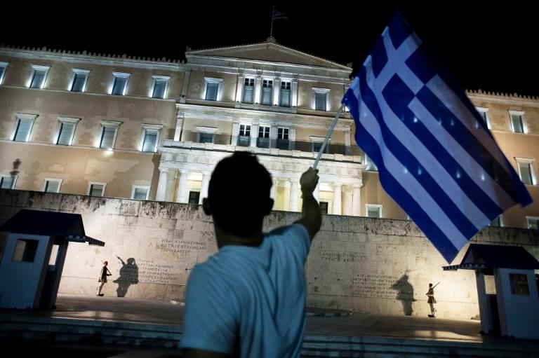Ispred zgrade grčkog parlamenta danima su se okupljali prosvjednici