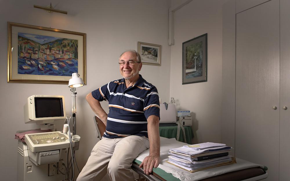 dr. Egidio Ćepulić u svojoj poliklinici