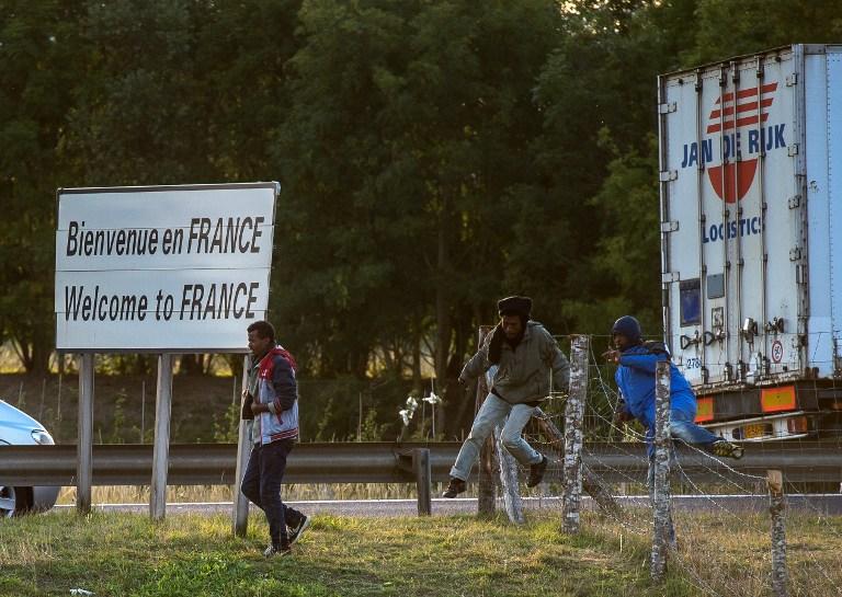Migranti u Calaisu