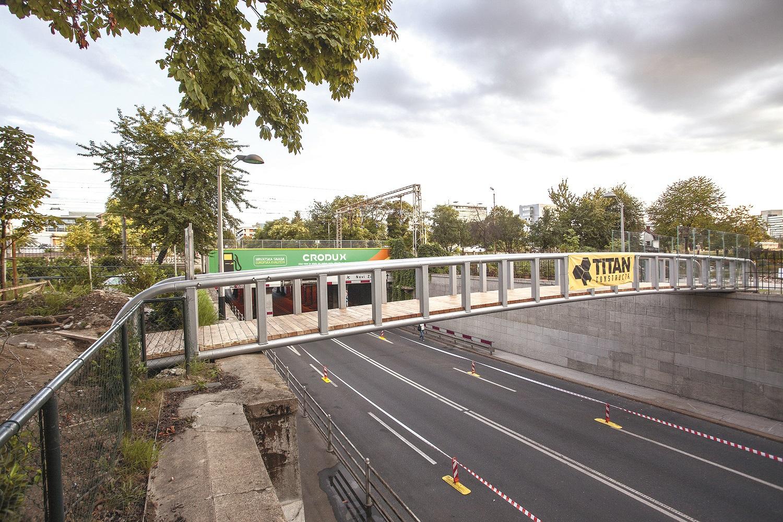 U tijeku su završni radovi na mostu Branka Silađina koji je radio na nekoliko polemičnih projekata