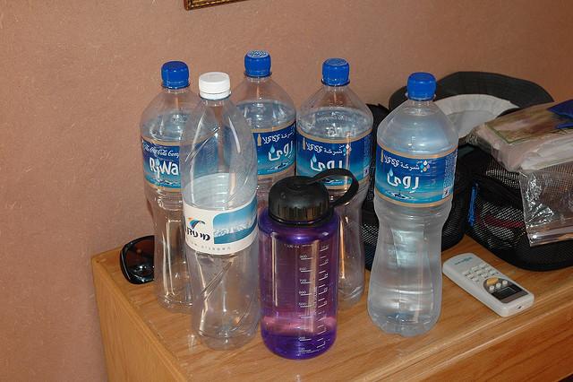Kad ste u PMS-u, uz sebe uvijek trebate imati bocu vode