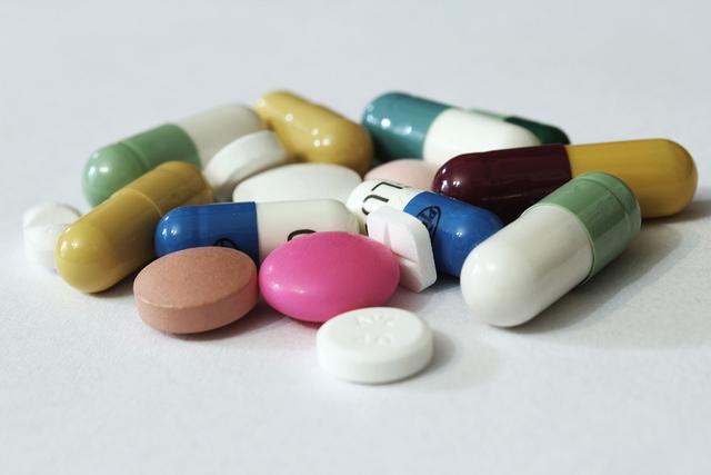 Neki lijekovi su uzrok suhih usta, ali ako to nije slučaj, potražite savjet liječnika