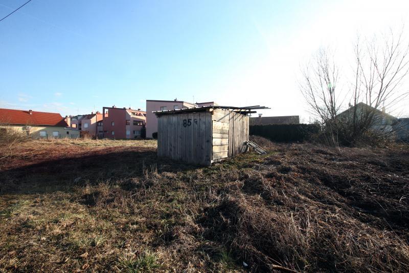 Straćara na zemljištu koje je Crnoja dobio od Grada Samobora da na njemu izgradi kuću