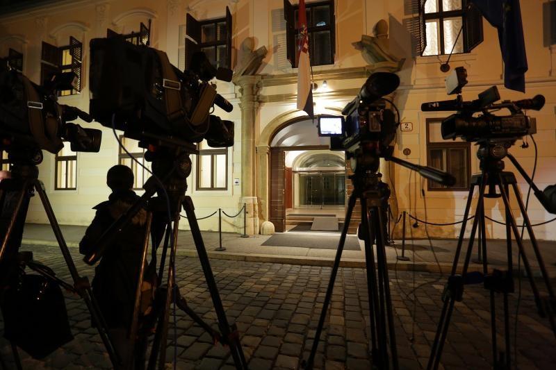 Novinari su jučer do kasno u noć čekali odluku oko Crnoje
