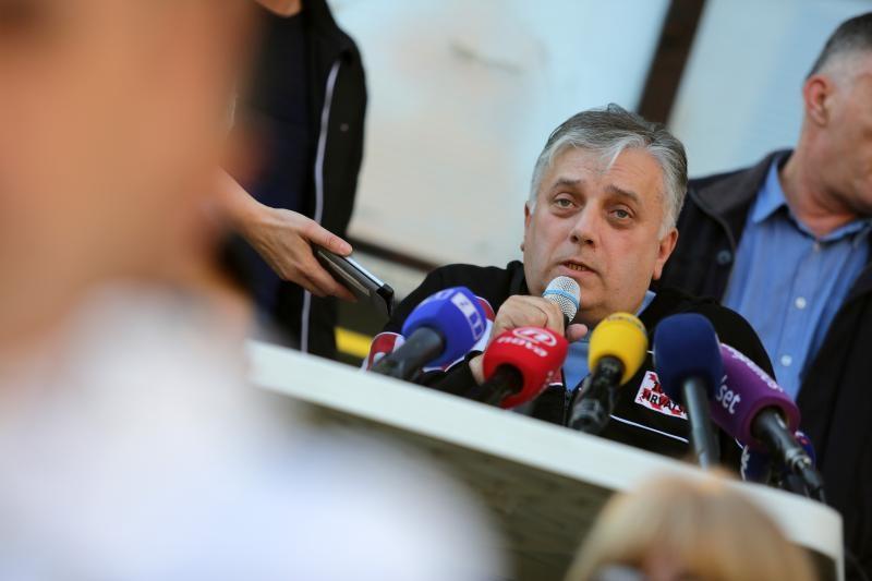12.11.2015., Zagreb - Gjuro Glogoski odrzao konferenciju za medije ispred Ministarstva branitelja. Photo: Grgur Zucko/PIXSELL