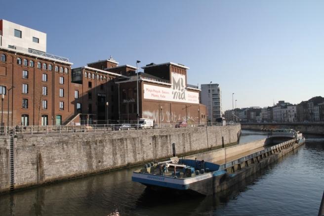 Muzej MIMA slikan s obližnjeg kanala