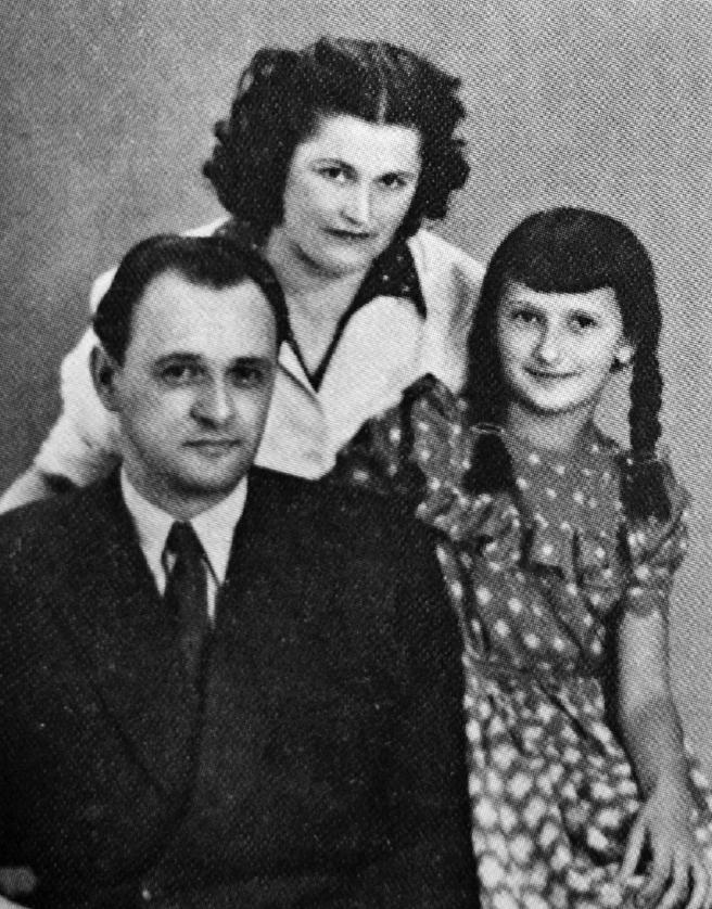 Obitelj Vitez snimljena početkom pedesetih godina u Zagrebu