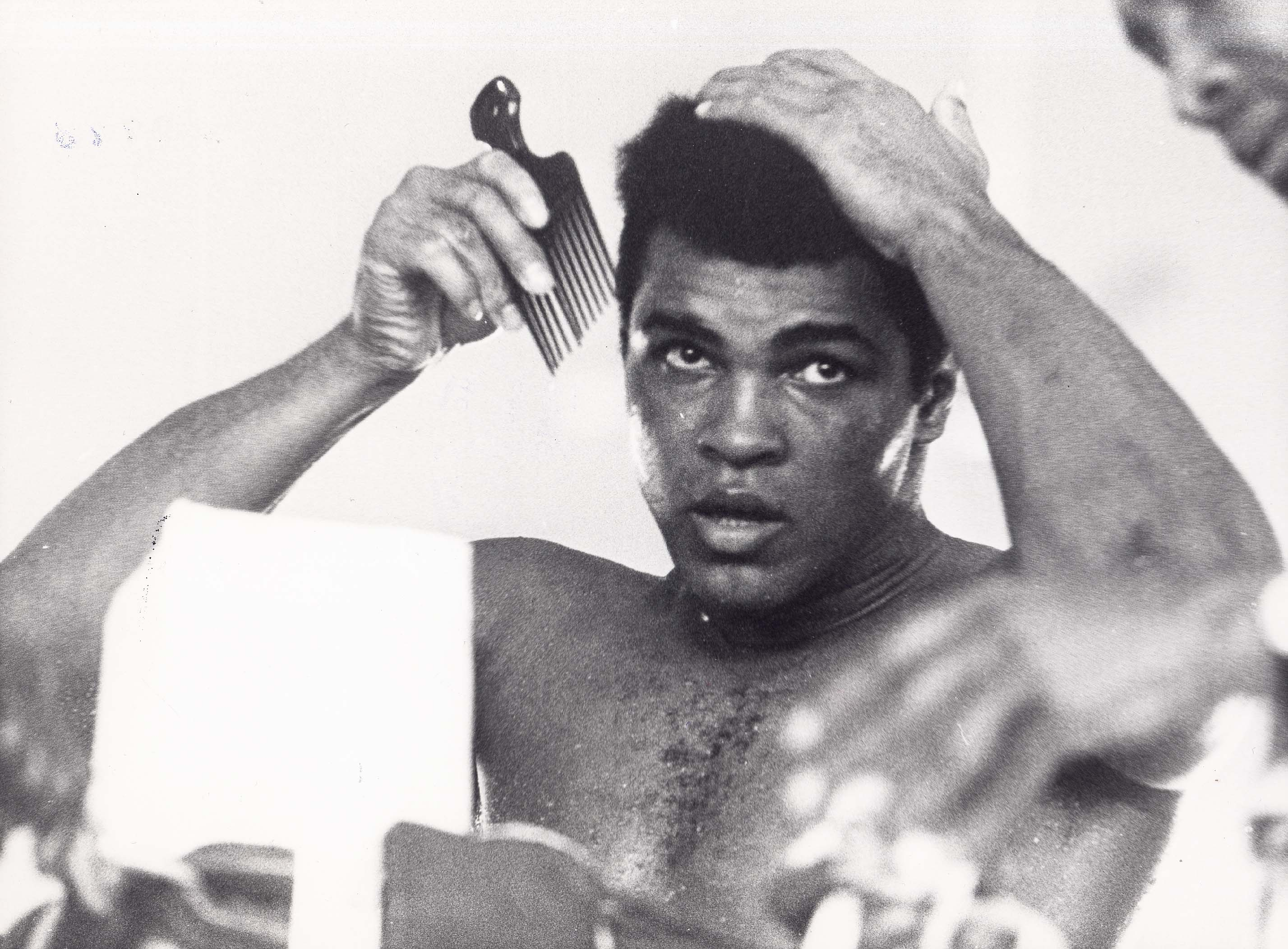 Dec. 9, 1974 - MUHAMMAD ALI in Zaire 1974.Supplied by Pressens Bild- - Photos, inc., Image: 109630520, License: Rights-managed, Restrictions: , Model Release: no, Credit line: Profimedia, Zuma Press - Archives