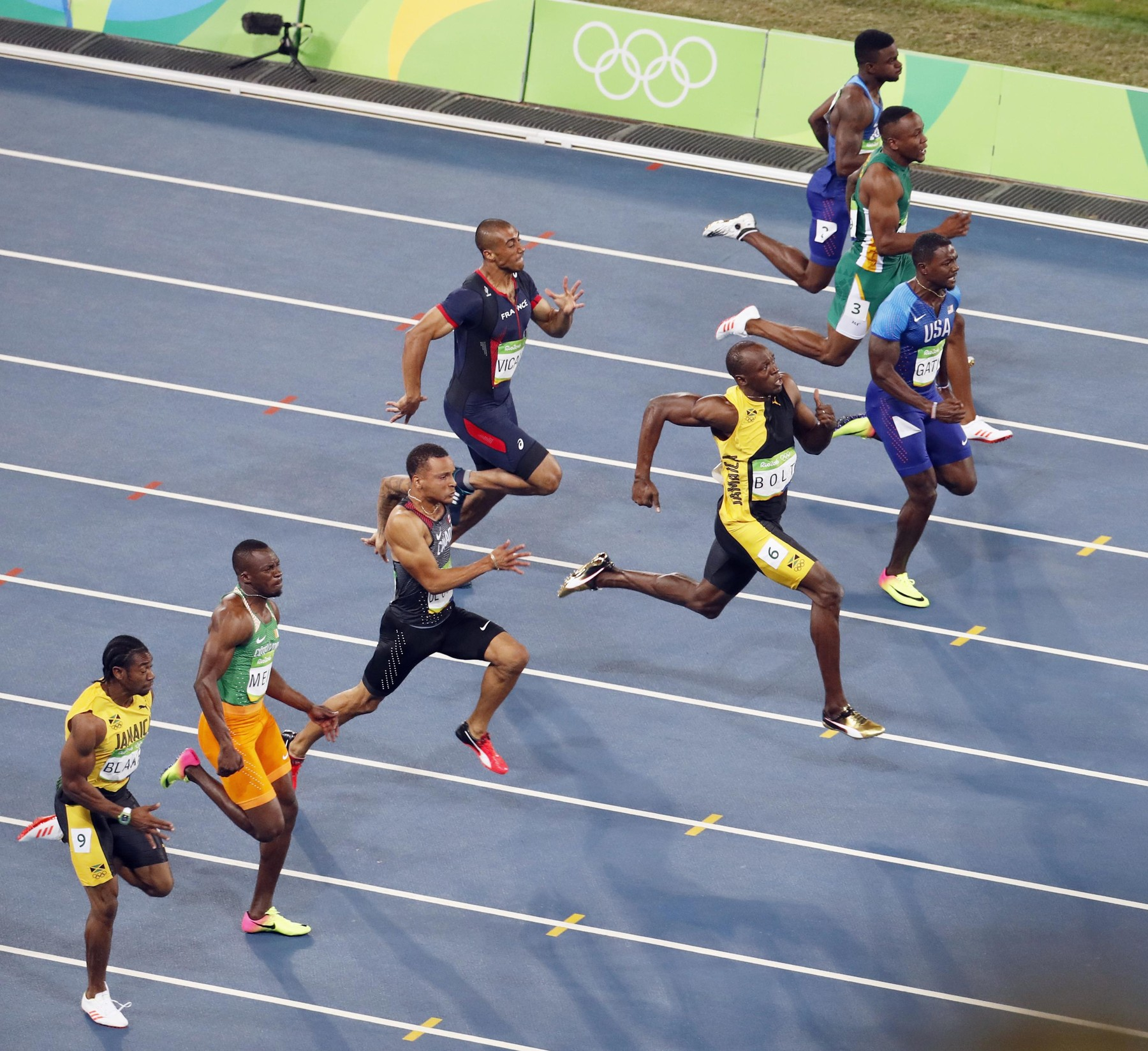 Olympics: Bolt completes unprecedented 100m three-peat