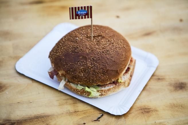 Burger iz Bad Boys Burger bara