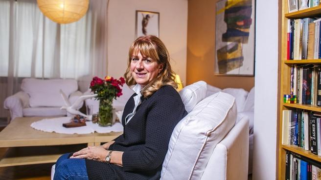 Gospođa Maja Juras u svom domu na zagrebačkom Horvatovcu