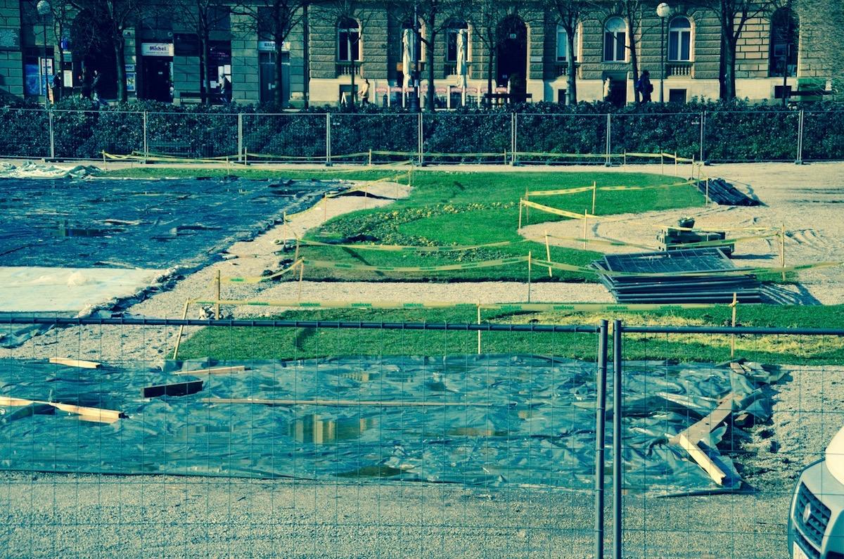 Trg kralja Tomislava, demontaža klizališta, veljača 2015.