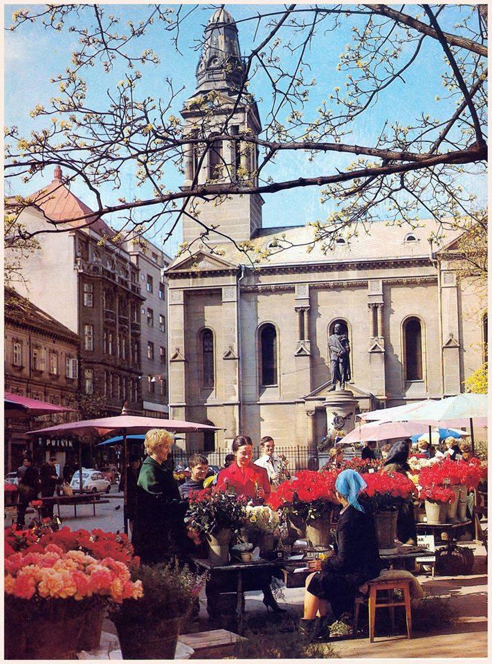 Pogled prema crkvi 70-ih