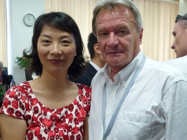 Judy Tong s našim reporterom