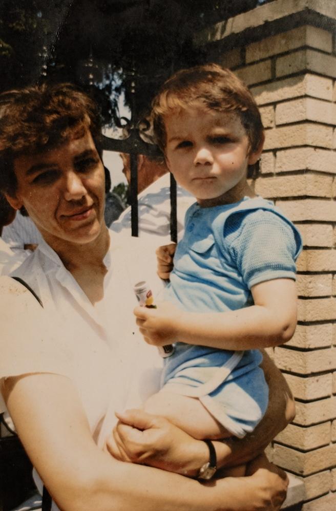 Marko s mamom Anđom 1990. godine