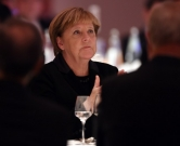 German Chancellor Angela Merkel attends the gala for the 200th anniversary of Werner von Siemens on November 29, 2016 at the historic headquarters of Siemens in Berlin  / AFP PHOTO / POOL / Maurizio Gambarini