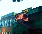 comet_ping_pong_outside
