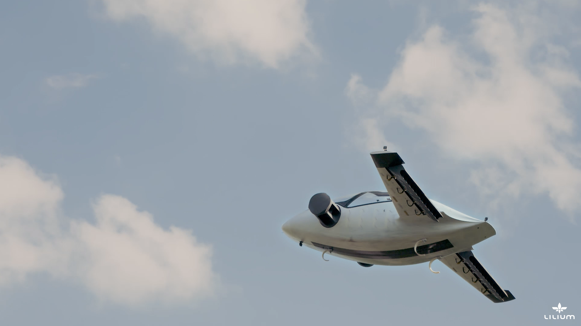 Lilium Jet prilikom ubrzanja u letu
