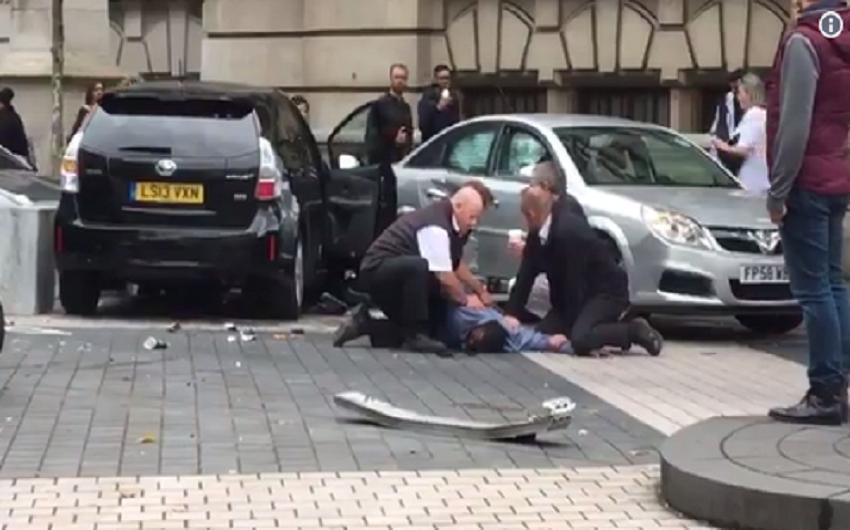 Netko se u centru Londona autom zaletio u pješake; policija istražuje je li terorizam