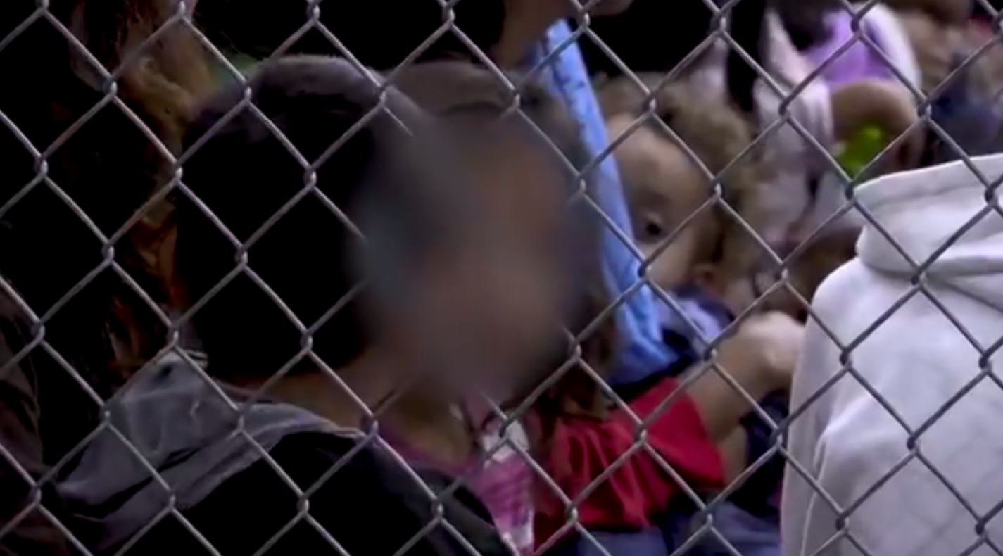 Vjeruje se da je u centru McAllen preko 1.100 djece razdvojeno od roditelja.