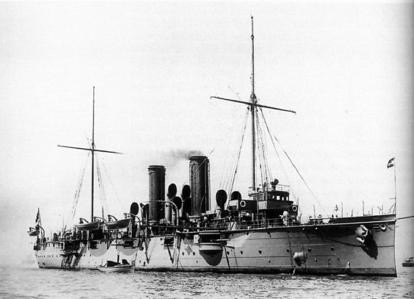 Laka krstarica Zenta, porinuta 1900. godine.