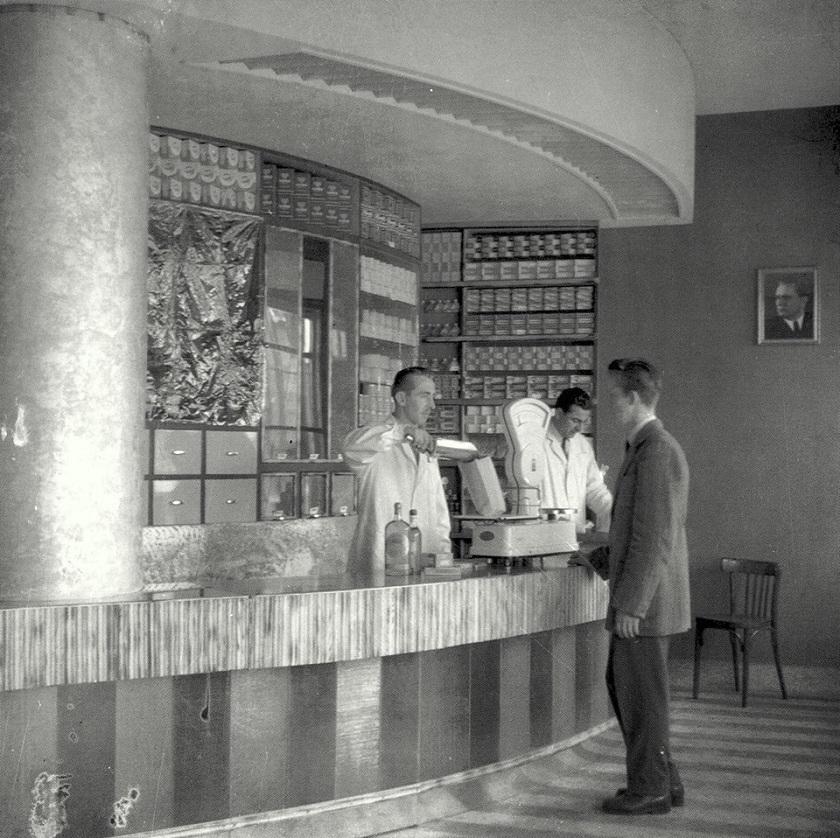 Moderan dućan u Zagrebu 1956. godine.
