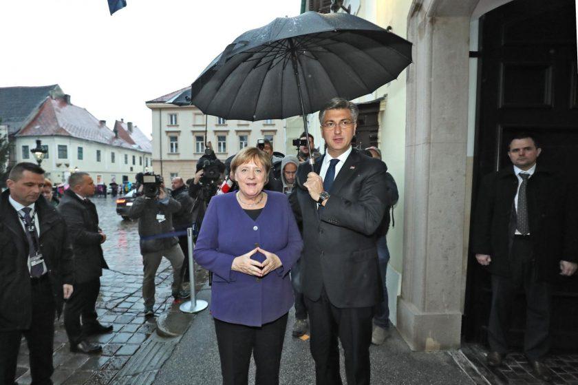 Angela Merkel stigla je u Zagreb. Prvo će sjesti s Plenkovićem pa idu u  Arenu na Kongres EPP-a | Telegram.hr