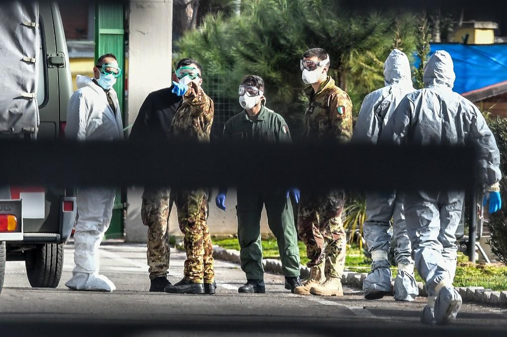 Situacija u Italiji postaje sve ozbiljnija; izolirat će gradove s najviše zaraženih od koronavirusa, spominju i vojsku
