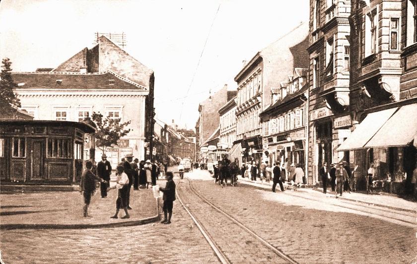 Britanski trg 1915. godine.
