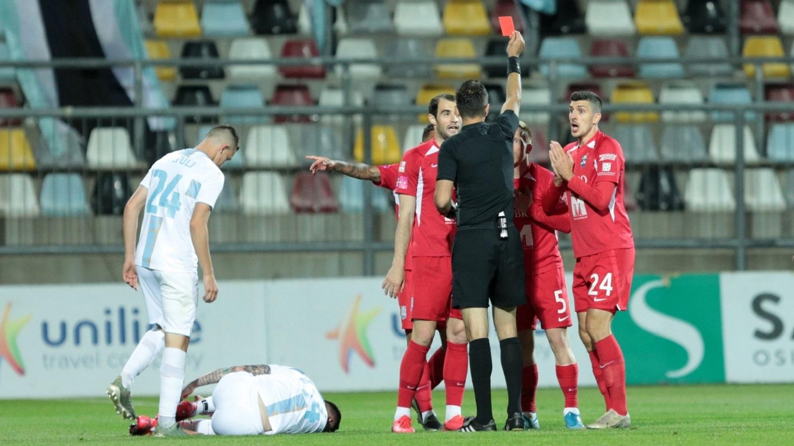 Iz Osijeka poručuju da će se žaliti na jučerašnju utakmicu u Kupu. Jasno kažu da je sve to bila sramota