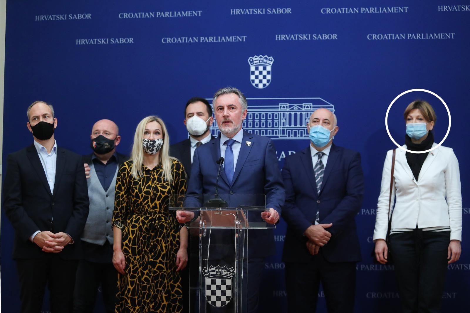 Otad gospođu Karolinu Vidović Krišto uredno viđamo s maskom na licu/Luka Stanzl/PIXSELL