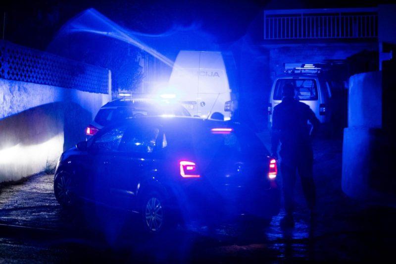 Policija u kući kod Slavonskog Broda pronašla tijelo muškarca. Uhićen 21-godišnjak